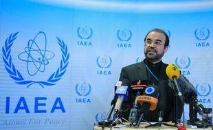 Les discussions entre des experts des grandes puissances et de l'Iran pour l'application de l'accord de Genève conclu le 24 novembre sur leprogramme nucléaire iranien controversé reprendrontjeudi à Genève, a annoncé mercredi l'Union européenne.