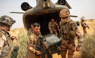 L'opération Barkahne est sensée lutter contre les groupes djihadistes dans le Sahel.