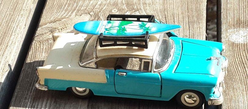 Image d'illustration d'une petite voiture.