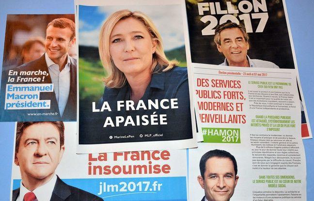 Des affiches des candidats à l'élection présidentielle 2017 à  Bourgoin-Jallieu.
