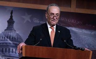 Le leader de la minorité démocrate au sénat Chuck Schumer en conférence de presse le 20 janvier 2018.