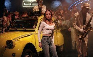 En 1987, Vanessa Paradis sur le plateau de l'émission britannique «The Roxy» où elle interprète «Joe le taxi».