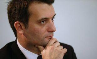 """Florian Philippot, vice-président du Front National, a estimé lundi que la baisse annoncée du taux de rémunération du livret A de 2,25 à 1,75% était """"une faute contre le pouvoir d'achat des petits épargnants""""."""