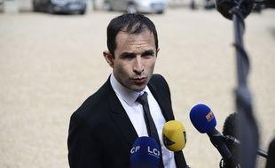 Le ministre de l'Education nationale Benoît Hamon, le 7 mai 2014 dans la cour de l'Elysée.