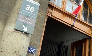 Photo de l'entrée du 36 quai des Orfèvres, le siège de la police judiciaire à Paris