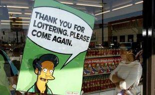 Apu est fidèle au poste. «Merci beaucoup et revenez vite!»