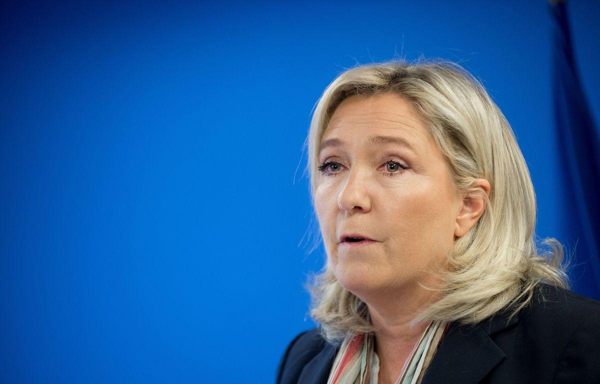 Marine Le Pen, le 7 janvier 2016 à Nanterre. – CHAMUSSY/SIPA