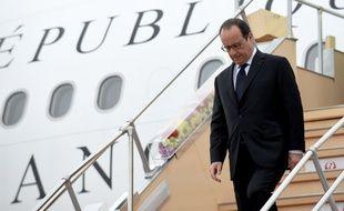François Hollande est arrivé au Japon pour le sommet du G7