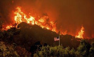 Un incendie dans le Comté de Napa, en Californie, le 18 août 2020