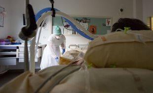 Coronavirus: Plus de 23.000 nouveaux cas et 170 décès en 24 heures (Illustration)