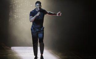 Le Suédois John Lundvik sur la scène de la finale de l'Eurovision 2019.