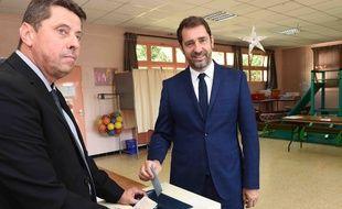 Le porte-parole du gouvernement Christophe Castaner, candidat LREM a voté à Forcalquier.
