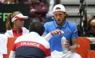Lucas Pouille lors de la demi-finale de Coupe Davis France-Serbie, le 15 septembre 2017 à Lille.