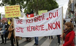 Manifestation nationale des enseignants contre la réforme du collège. Lyon, le 19/05/2015.