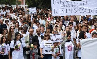 Environ 400 personnes ont participé à la marche blanche.