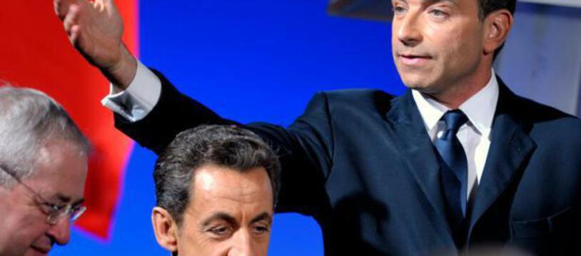 Le maire de Meaux Jean-Francois Copé et Nicolas Sarkozy, alors président, à l'inauguration du Musée de la Grande Guerre à Meaux, le 11 novembre 2011
