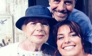 Alix Mahieux au côté de Francis Boulogne et Laëtitia Milot sur le tournage de «Plus belle la vie» en 2015.