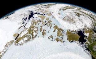 L'Arctique photographié par un satellite de la Nasa.