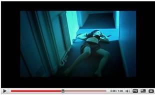 Capture d'écran d'une vidéo de Nina Roberts, réalisée par 2laloose, en réaction à celle mettant en scène Clara Morgane contre le viol.