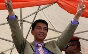 La Haute cour constitutionnelle (HCC) de Madagascar a officiellement entériné mercredi l'accession au pouvoir d'Andry Rajoelina, désormais président d'une autorité de transition à la tête de l'Etat pour une durée maximale de deux ans.
