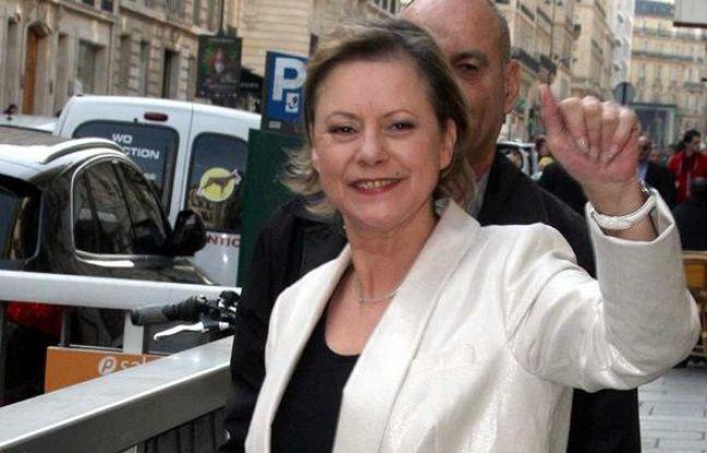 Dorothée, l'icône de la télé pour enfants dans les années 80 et 90, arrive à Europe 1, à Paris le 23 mars 2010.