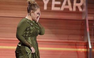 Adele a remporté cinq trophées aux Grammy Awards, le 12 février 2017.