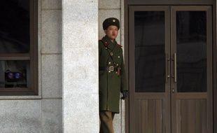 Une cinquantaine d'enfants nord-coréens se cachent en Chine après avoir fui un orphelinat de leur pays natal, a affirmé jeudi une députée sud-coréenne, fer de lance d'une campagne incitant Pékin à ne pas renvoyer les réfugiés nord-coréens dans leur pays.