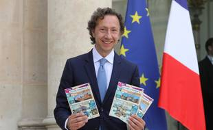 """Stéphane Bern, le 31 mai 2018, présente le """"loto du patrimoine"""" à l'Elysée."""