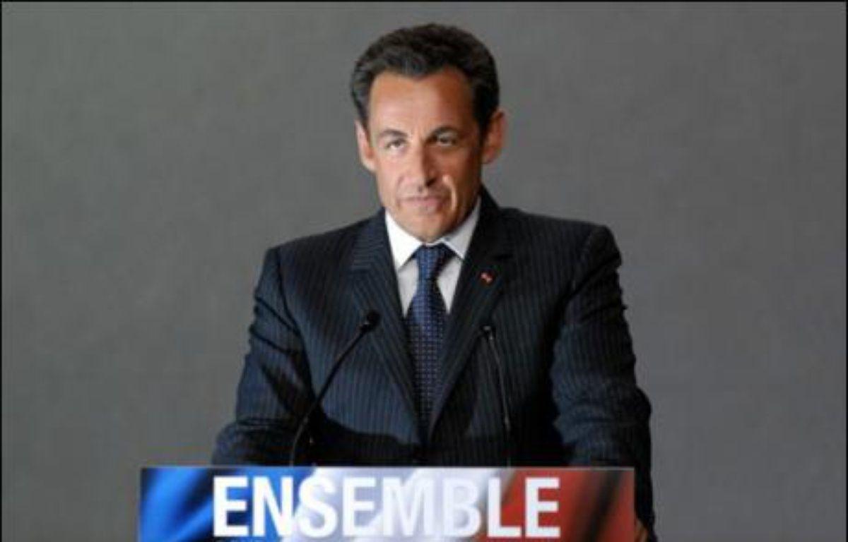 L'action de Nicolas Sarkozy comme président de la République est approuvée par 67% des Français, soit 24 points de plus que celle de Jacques Chirac à la fin de son quinquennat, et les débuts du mandat Sarkozy sont jugés plutôt réussis par 76% contre 23%, selon le tableau de bord de l'Ifop à paraître jeudi dans Paris Match. – Robert François AFP/Archives