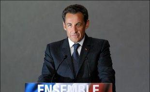 L'action de Nicolas Sarkozy comme président de la République est approuvée par 67% des Français, soit 24 points de plus que celle de Jacques Chirac à la fin de son quinquennat, et les débuts du mandat Sarkozy sont jugés plutôt réussis par 76% contre 23%, selon le tableau de bord de l'Ifop à paraître jeudi dans Paris Match.