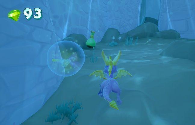A partir du second volet, Spyro peut aussi se déplacer sous l'eau.