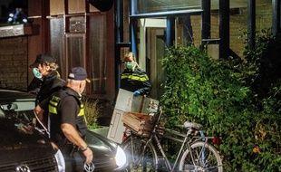 La police néerlandaise a perquisitionné le 27 septembre 2018 le domicile d'un djihadiste présumé à Rotterdam.
