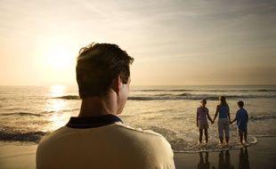 Même en vivant séparé de ses enfants, il faut maintenir le lien, essentiel à la construction de l'enfant, mais aussi pour le parent.