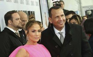 La chanteuse Jennifer Lopez et son fiancé, l'ancien sportif, Alex Rodriguez.