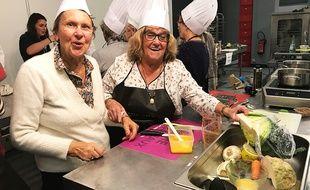 A Nice, les séniors réapprennent à cuisiner avec les aliments oubliés au frigo.