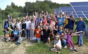 Le collectif des Survoltés de l'Aubais dans le Gard a inauguré son parc solaire au début de l'été dernier.