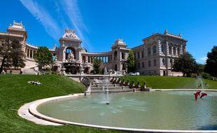 Le palais longchamp.