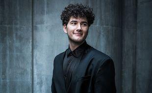Le chanteur Gjon's Tears, représentant de la Suisse à l'Eurovision 2021.
