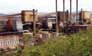 L'usine Eramet-SLN en 2009, située sur la presqu'île de Doniambo, a Nouméa en Nouvelle-Calédonie,  specialisée dans le traitement et la transformation du minerai de  nickel.