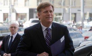 L'ambassadeur des Etats-Unis en Russie, Michael Mc Faul, qui s'était illustré par de fréquents accrochages avec les autorités russes, a annoncé mardi son départ fin février, soit deux ans seulement après sa prise de fonction.