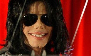 Le retour  Jeudi 5 mars, Michael Jackson avait annoncé son retour sur scène pour une série de cinquante concerts qui devaient débuter le 13 juillet prochain à Londres.