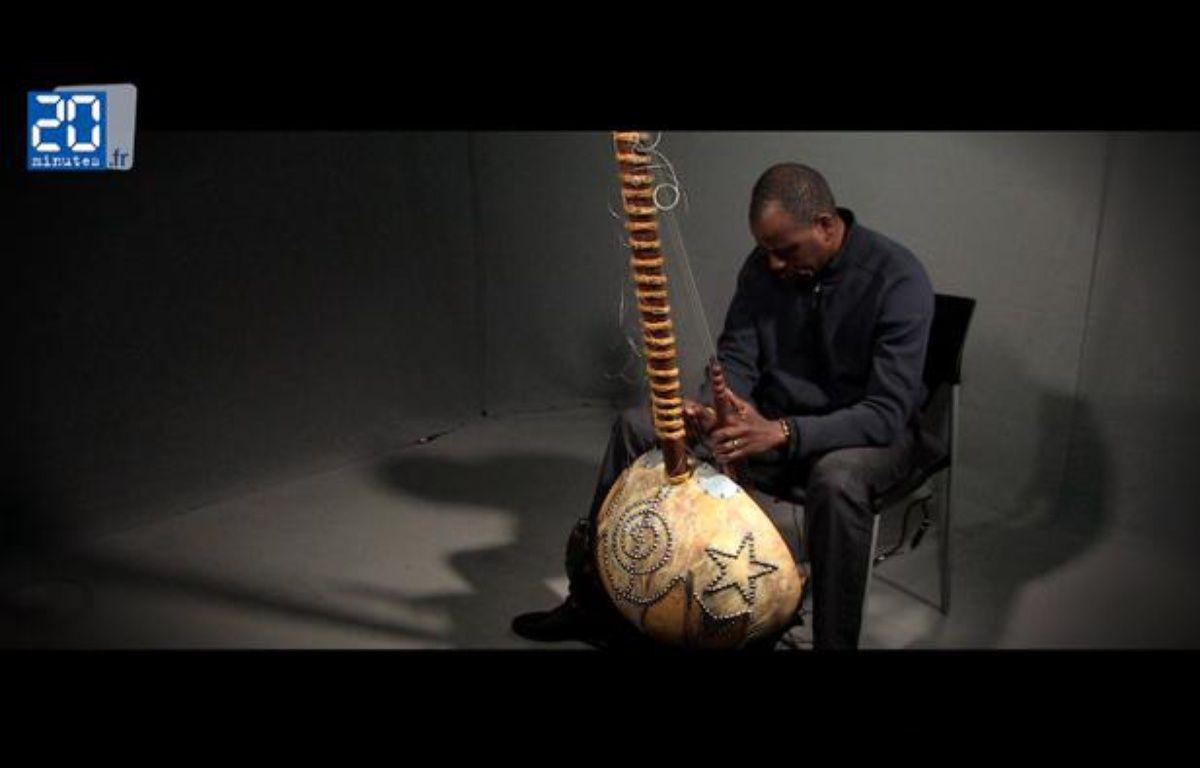 Ballaké Sissoko au studio 20 Minutes – Jonathan Duron / 20 Minutes