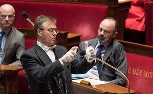 Les débats à l'Assemblée nationale ont leurs particularités pendant le confinement.