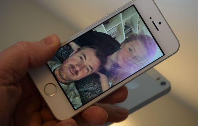 Les selfies du SE auraient mérité un capteur de meilleure résolution.