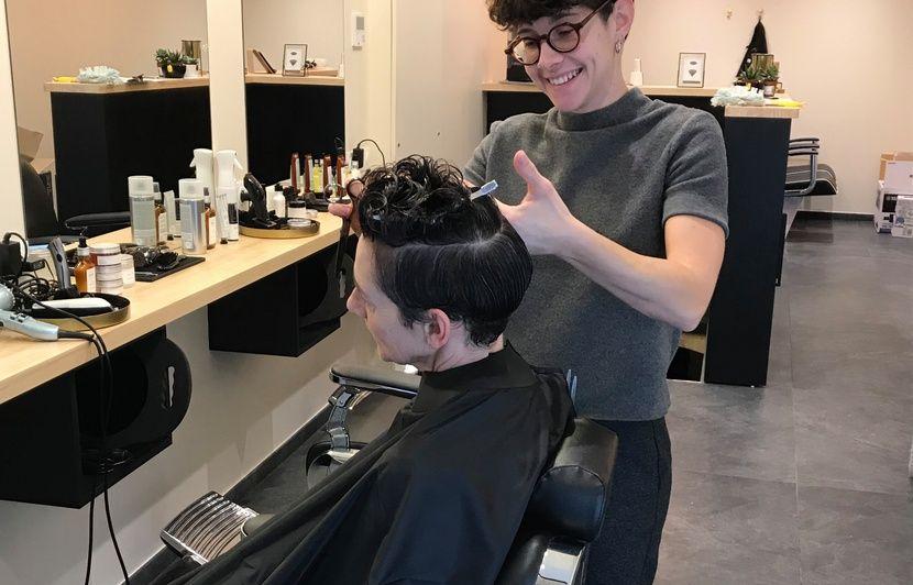 Bordeaux : Le premier barbershop qui propose des coupes courtes aux mêmes tarifs à sa clientèle masculine et féminine vient d'ouvrir