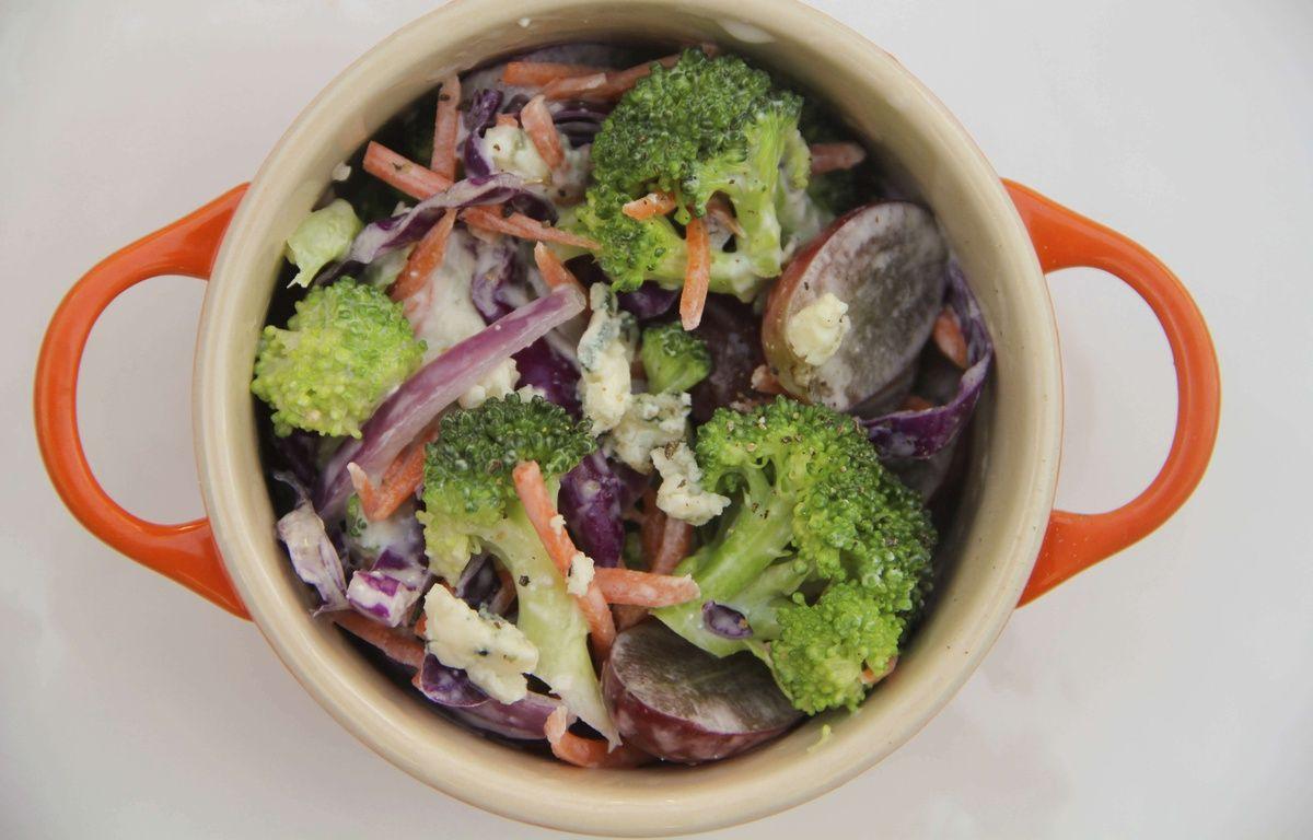 Une bonne salade de brocolis permettrait de réduire les risques de développer un diabète (illustration). – Melissa d'Arabian/AP/SIPA