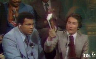 Mohamed Ali dans une émission de Michel Drucker, en 1976.