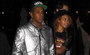 Jay-Z, Beyoncé et Blue Ivy quittent le Louvre le 7 octobre 2014.