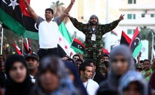 """Le président du Parlement européen, Jerzy Buzek, a dit dimanche à Tripoli, espérer une """"pleine implication"""" de la Libye dans l'Union pour la Méditerranée (UPM), dont le projet avait été rejeté en 2008 par le dirigeant déchu Mouammar Kadhafi."""