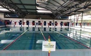 En raison du coronavirus, l'accès aux bassins est encadré (ici à la piscine Jules-Verne).